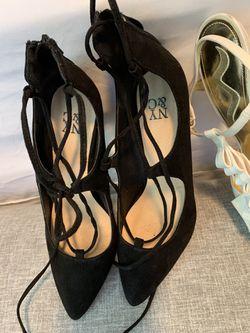 Size 7 shoes, the beige shoe is size 8 Thumbnail
