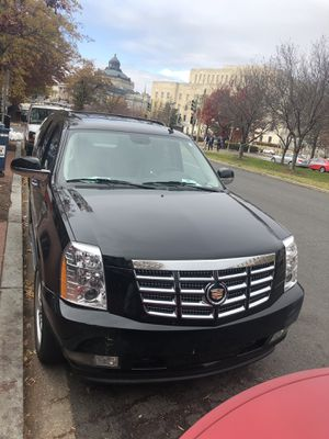 2013 Cadillac in a very good shape lest thank 20k mile for Sale in Washington, DC