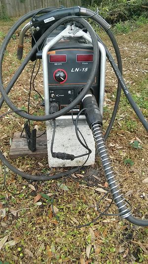 For sale LN 15 suitcase Lincoln electric automatic welder excellent condition! for Sale in Orlando, FL