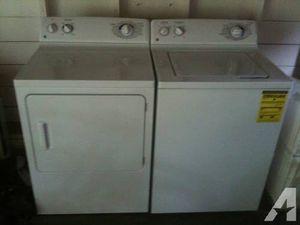 Photo Ge washer n dryer older