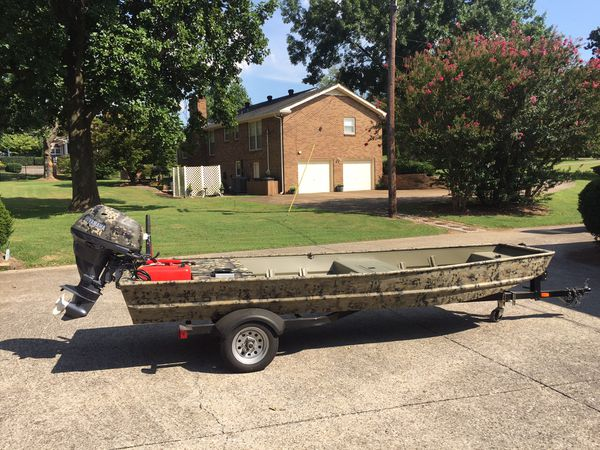 2017 tracker topper 1542; 25 hp yamaha; never been on water