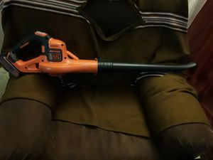 Black decker leaf blower brand new still in box comes with charger and battery for Sale in Oklahoma City, OK