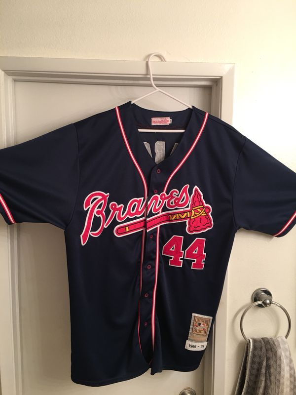 super popular e6005 e9182 Throwback Mitchell & Ness, Hank Aaron Jersey for Sale in Manhattan Beach,  CA - OfferUp