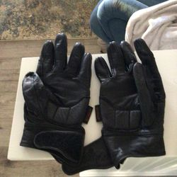 Tour Master Small gloves Good Condition and Harley Davison Long Gloves Women's Small Brand new Thumbnail