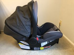 Photo Graco SnugRide SnugLock 35 Elite Infant Car Seat