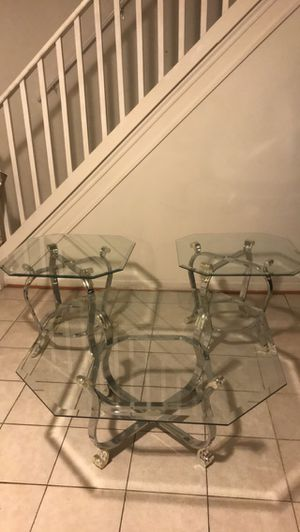 Coffee table and end tables for Sale in Oxon Hill, MD