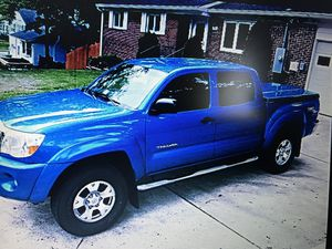 FOR SALE 2007 Toyota Tacoma 8OK Contact directly ? samaantha75 @ G M A I L . C O M// I just Update the app&now I'm unable to send messages! for Sale in Arlington, VA