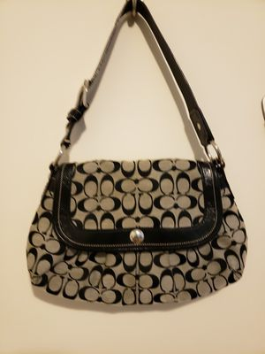 Coach purse for Sale in Manassas, VA