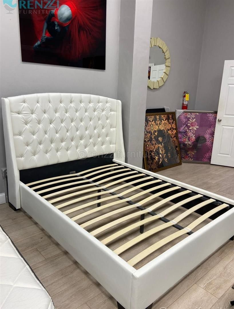 S=19# @Queen Bed@ $499 * * +Financing Available+