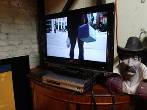 Flat screen JVC tv with remote for sale 📺 for Sale in St. Louis, MO