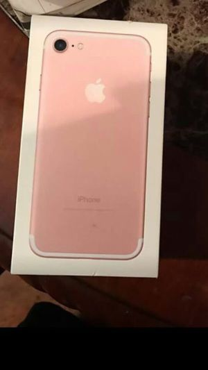 iPhone 7 rose gold for Sale in Silver Spring, MD