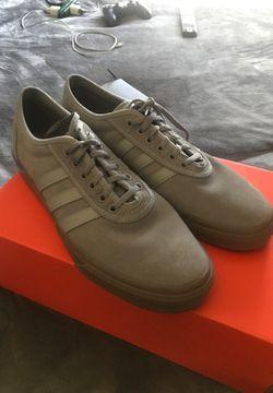 Adidas shoes Thumbnail