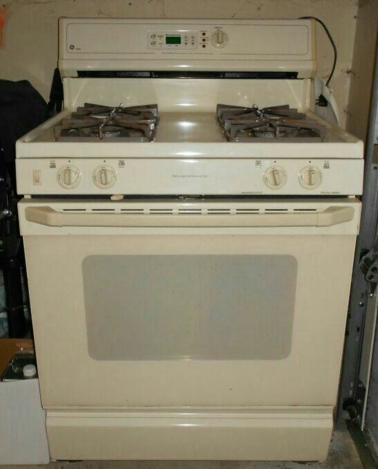 Ge Xl44 30 Freestanding Gas Range Price Reduced From 150 To 75 00 Super Steal This Is Nice One Owner And Taken Care Of Very Well