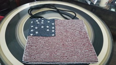 Beautiful Beaded handbag Thumbnail