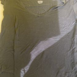 Soft And Sexy Black T-shirt Thumbnail