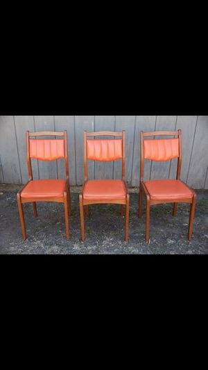 Vintage Wood Chairs for Sale in Los Angeles, CA