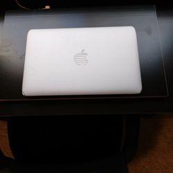 Apple 🍎 Laptop  Thumbnail