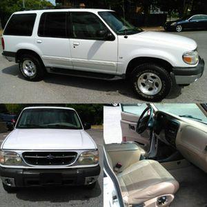 2000 Ford Explorer XLT 90k miles (one owner) for Sale in Silver Spring, MD