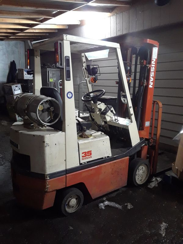 NISSAN 35 Forklift for Sale in Kent, WA - OfferUp