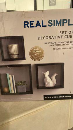 Wall Shelves - Set of 3 decorative cubes Thumbnail