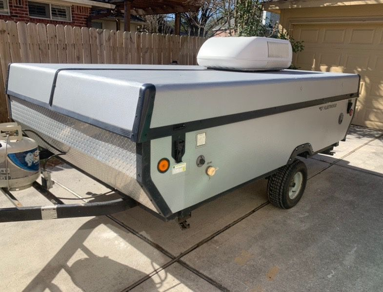 Photo Fleetwood Pop Up Camper In Great Condition And Ice Cold AC!!!