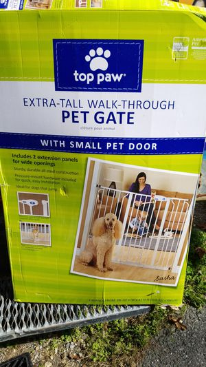 EXTRA TALL WALK THRU PET GATE for Sale in Monrovia, MD