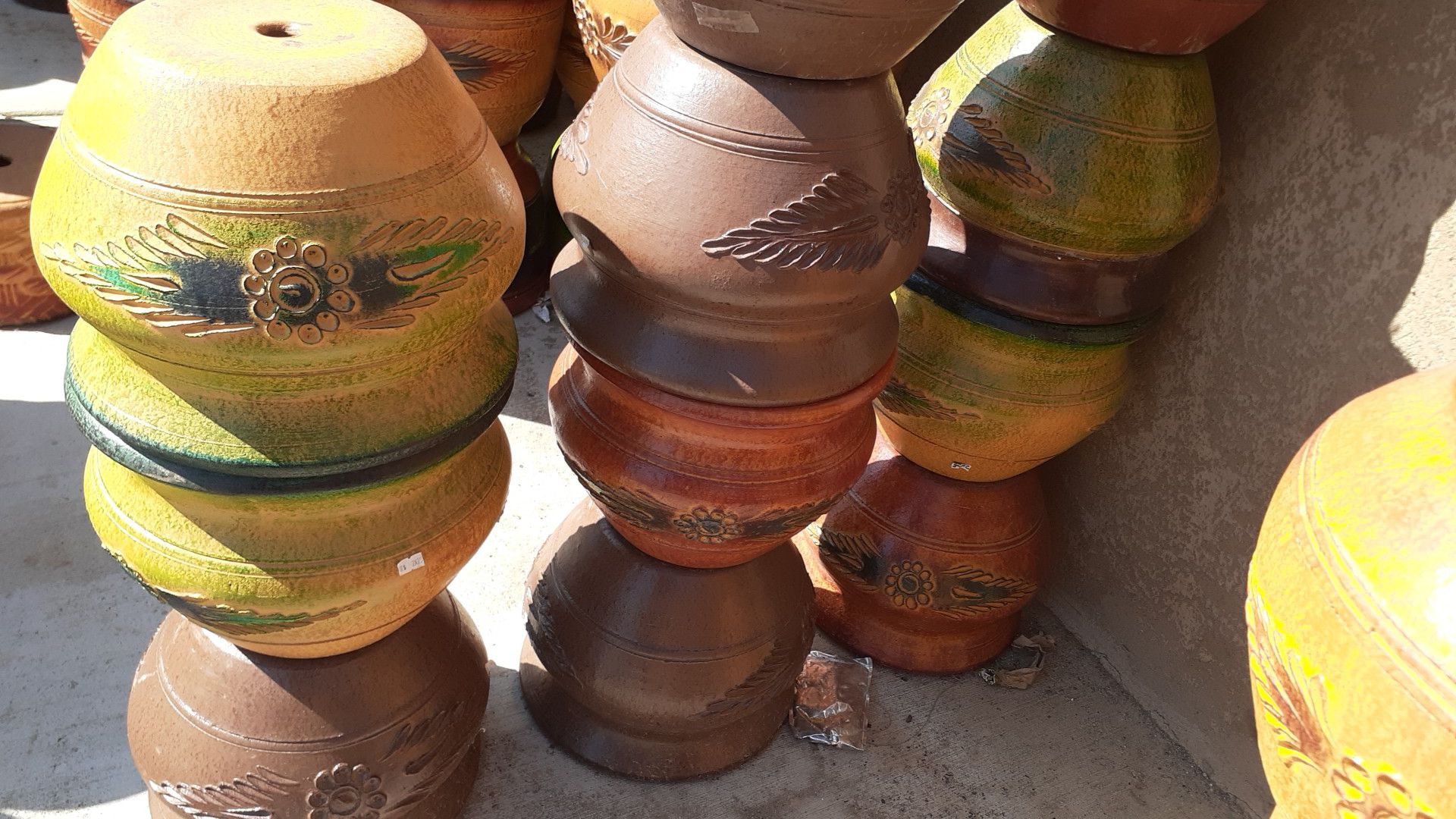 Mexican pottery/planters