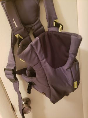 Infantino Baby Carrier for Sale in McDonogh, MD