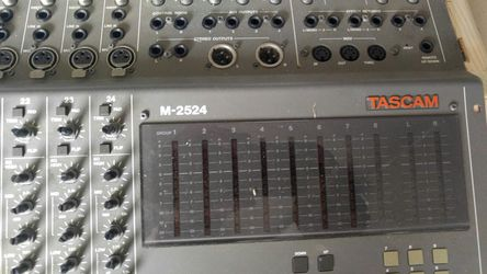 Great PA mixer for Studio or whatever you want to use it for has buttons missing a couple but otherwise in great Thumbnail