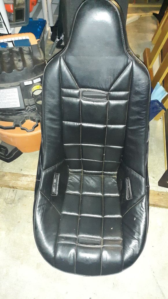 G body racing bucket seat for Sale in Tacoma, WA - OfferUp