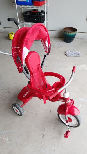 Photo Radio Flyer Toddler Tricycle