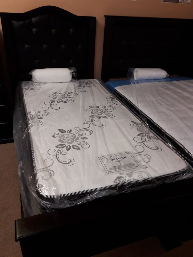 All Sizes Deluxe Mattresses