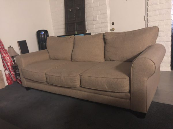 Awe Inspiring Tan 3 Person Couch For Sale In Tempe Az Offerup Dailytribune Chair Design For Home Dailytribuneorg