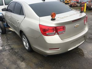 Chevy Malibu 2015 doors, engine transmission and other parts for Sale in Alexandria, VA