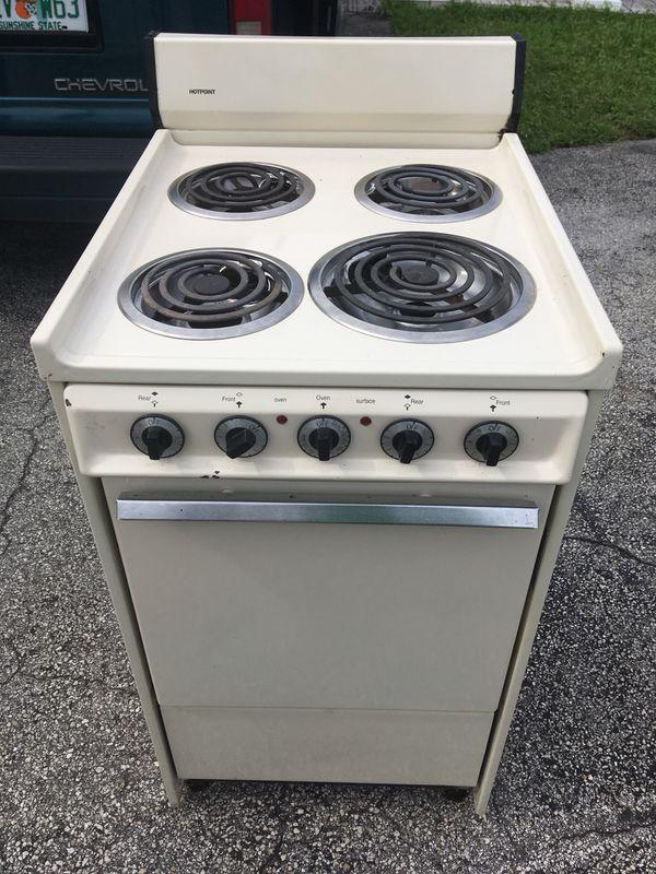 Kitchen stoves For small apartment Estufa for Sale in Miami, FL ...