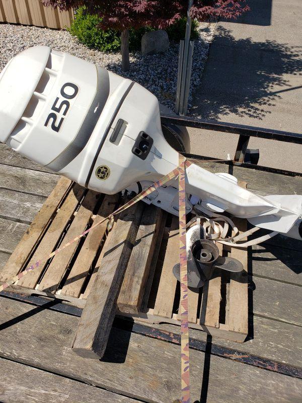 Evinrude outboard motor 250 hp