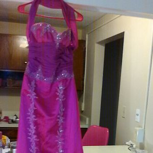 Fuscia Size 10 Wedding/Prom Dress for Sale in Cleveland, OH