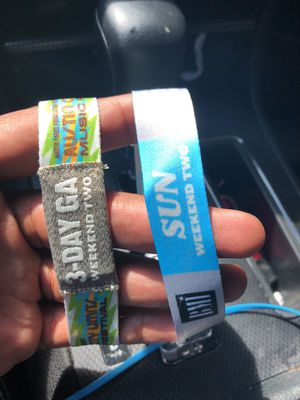 ACL DAY PASS & BMI LOUNGE BOTTOMLESS DRINKS UNTIL 645!! for Sale in Austin, TX