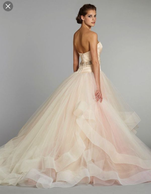 Lazaro Blush Wedding Dress Style 3250 (Clothing & Shoes) in Brooklyn ...