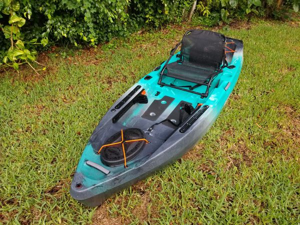 Fishing Kayak - Old Town Topwater 106 for Sale in Fort Lauderdale, FL -  OfferUp