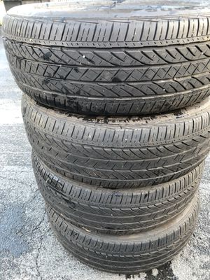 Have nice 4 pier Used tire 235/55/20 $100 for Sale in Leesburg, VA
