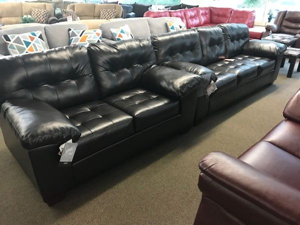 New Black Leather Sofa & Loveseat for Sale in Parma, OH - OfferUp