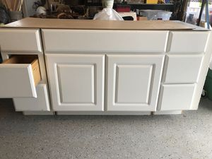 "60"" vanity $70 bucks for Sale in Frederick, MD"