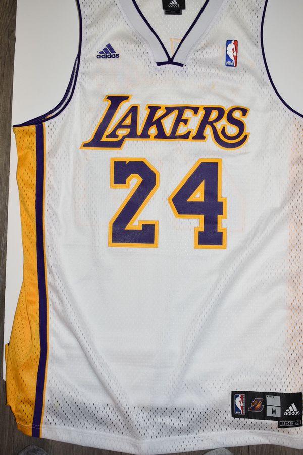 huge discount 1205a 494a9 Kobe Bryant swingman jersey for Sale in Hilliard, OH - OfferUp