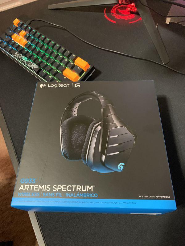 Logitech G933 RGB Wireless Gaming Headsets for Sale in Phoenix, AZ - OfferUp