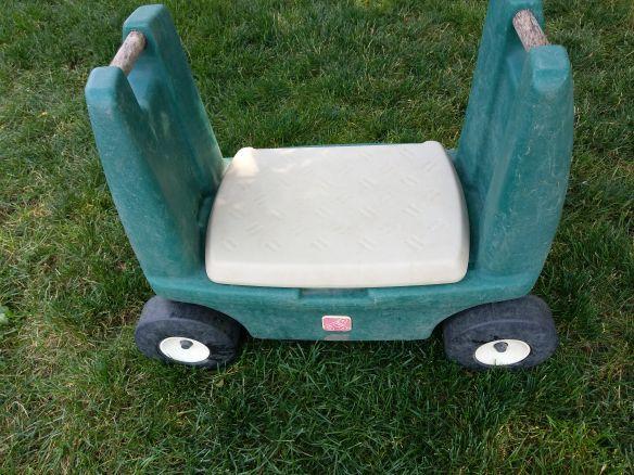 Step 2 Garden Bench On Wheels