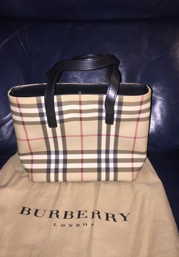 Authentic Burberry Nova Check Bucket