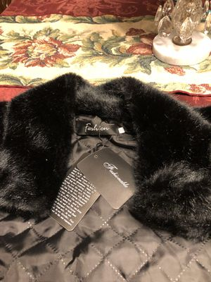 New Black Fur size small to medium for Sale in Indianapolis, IN