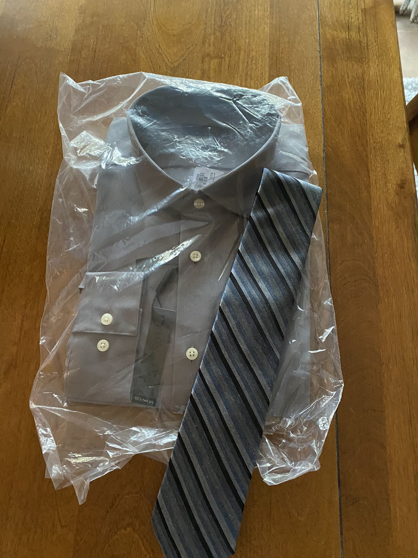 Men's dress shirt and tie