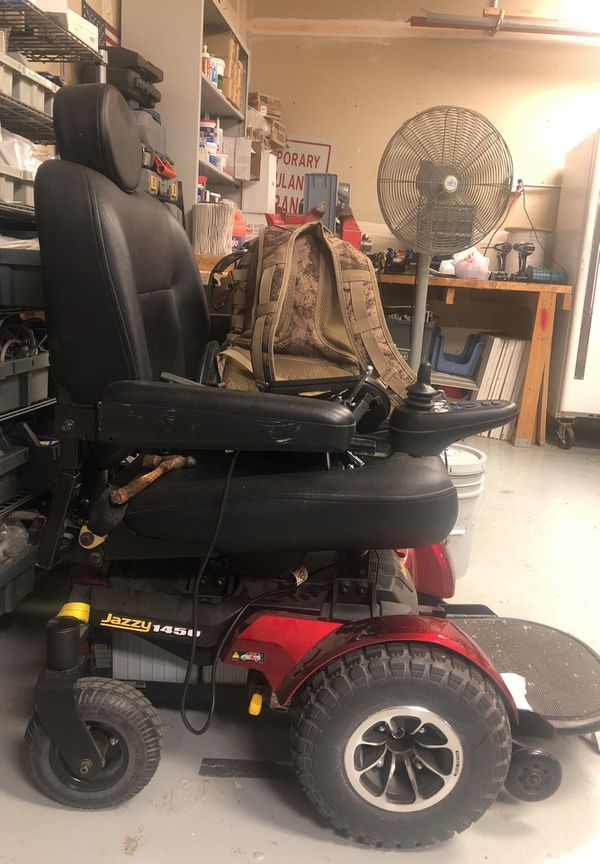 Like New wide electric wheelchair for Sale in Las Vegas, NV - OfferUp